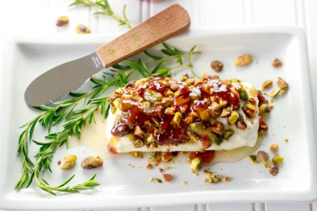 Safety Recipe of the Week: Goat Cheese with Honey, Fig & Pistachios